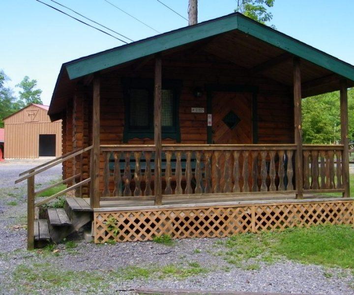 Two Bedrooms Bunk Cabin